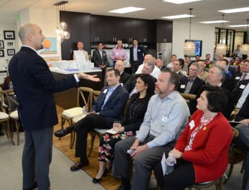 mike-robbins-speaks-to-crowd-at-hughes-marino4